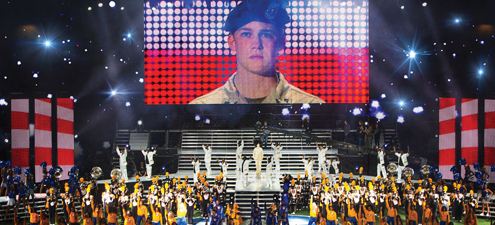 Billy Lynn's Long Halftime Walk-Ang Lee